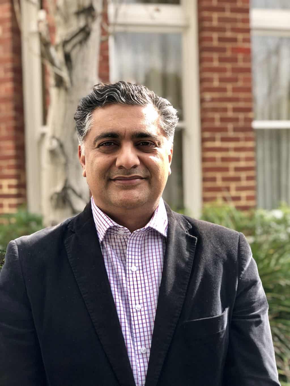 Dr Raj Tanna